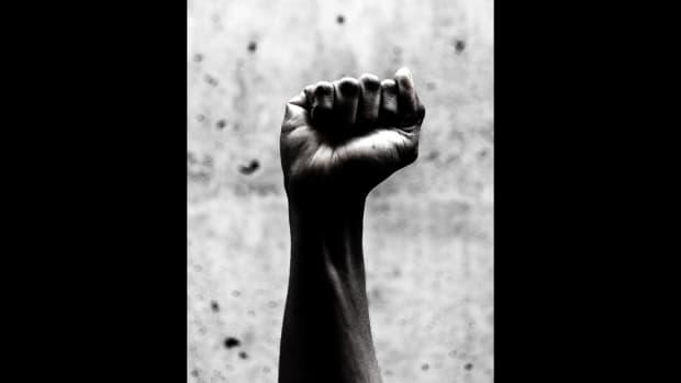 UPTOWN_black_power_fist