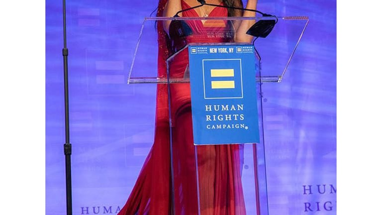 Heard on the Street: Naomi Campbell Accepts Global Advocacy Award