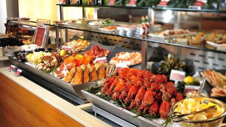 3 Buffet Foods to Avoid on Your Cruise