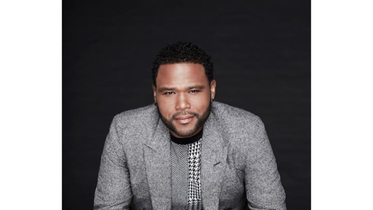 Anthony Anderson Will Appear in HGTV's 'Extreme Makeover: Home Edition' Reboot