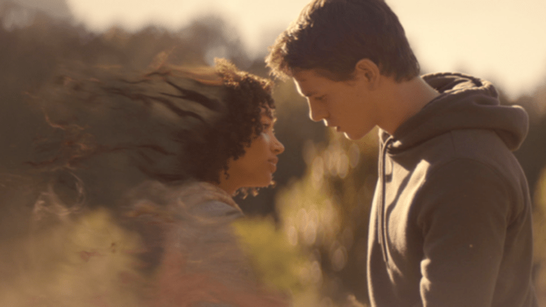 First Look: Amandla Stenberg in 'The Darkest Minds'