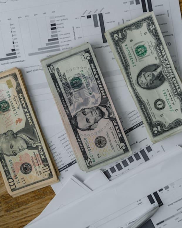 UPTOWN_money_management