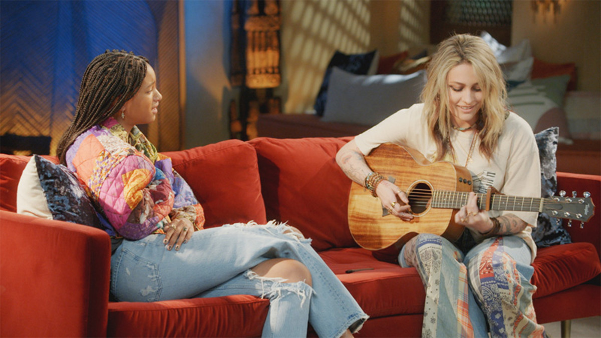 """Paris Jackson performs """"Freckles"""" on the """"Paris Jackson x Willow Smith One-on-One"""" episode of Red Table Talk."""