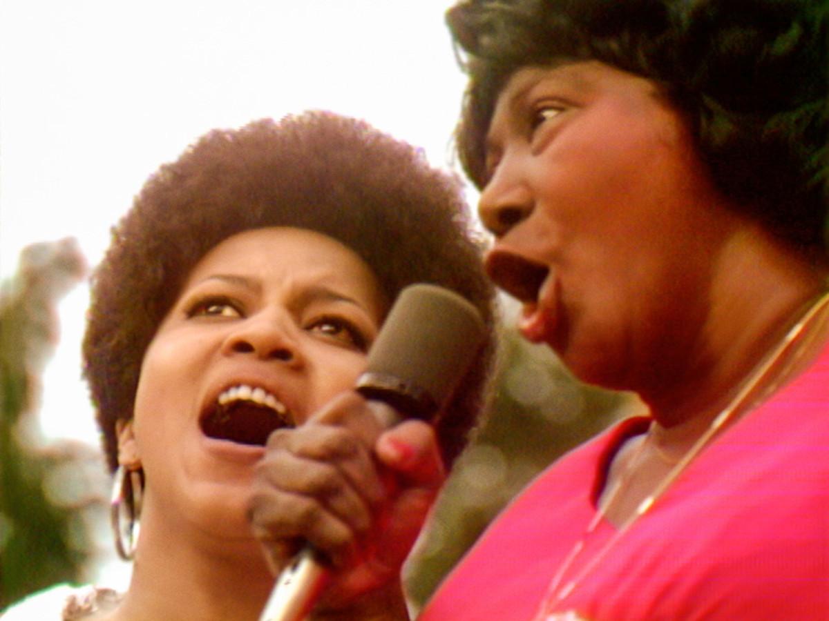 Mavis Staples and Mahalia Jackson perform at the Harlem Cultural Festival.